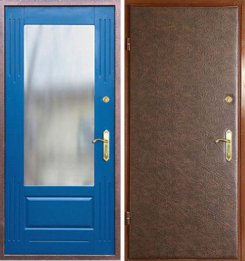 внутреняя отделка с зеркалом входной двери